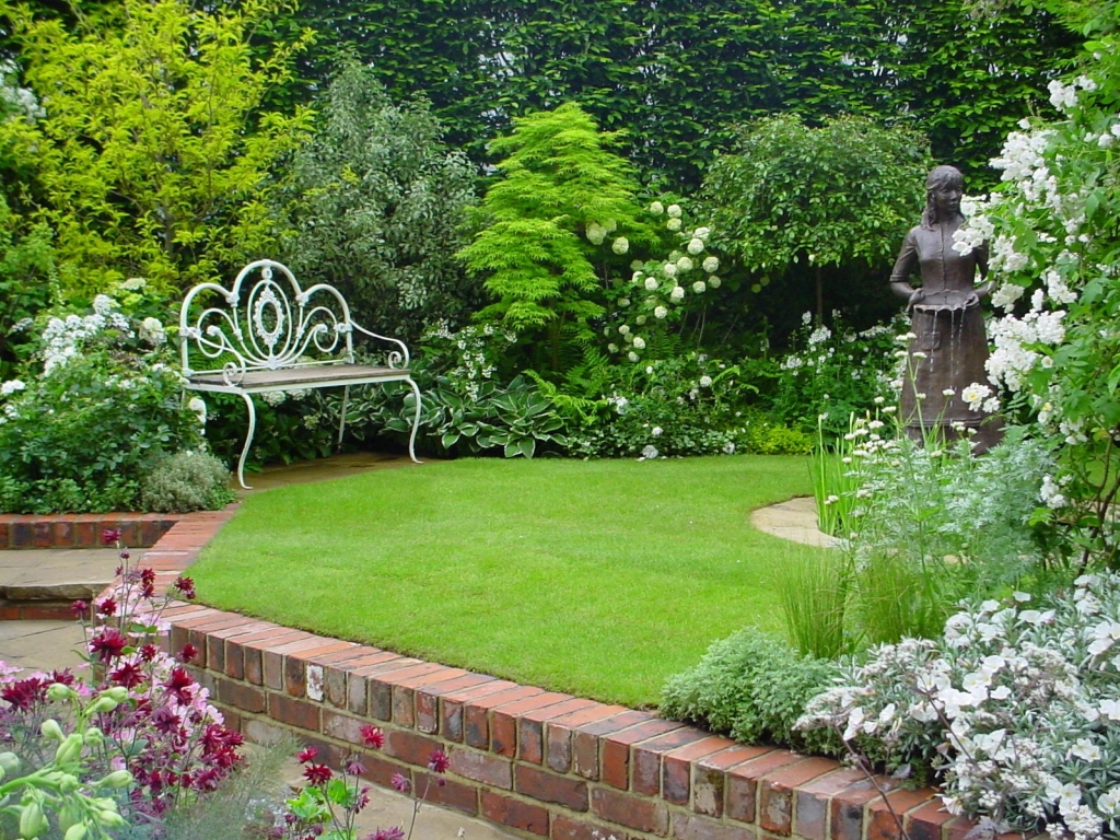 Current and luxury garden design home design Yard and garden